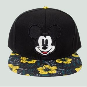 Mickey Mouse Hat - Disney - NWT ✨
